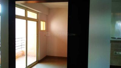 Gallery Cover Image of 1725 Sq.ft 3 BHK Apartment for rent in Keltech Golf Greens, Crossings Republik for 8500