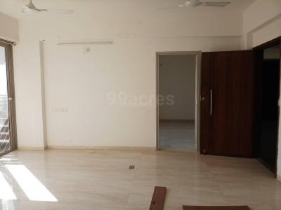 Gallery Cover Image of 2088 Sq.ft 3 BHK Apartment for rent in Satellite for 32000