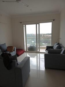 Gallery Cover Image of 1980 Sq.ft 3 BHK Apartment for rent in C V Raman Nagar for 44000