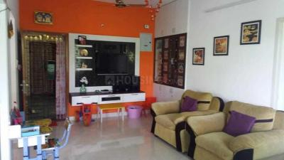 Gallery Cover Image of 800 Sq.ft 2 BHK Apartment for buy in Velachery for 6000000