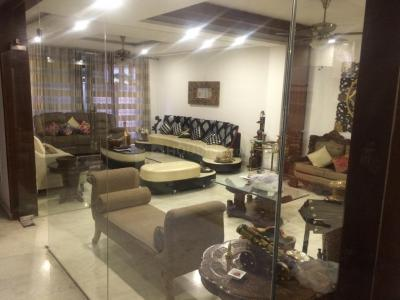 Gallery Cover Image of 4000 Sq.ft 3 BHK Villa for buy in DLF Phase 4, DLF Phase 4 for 41500000