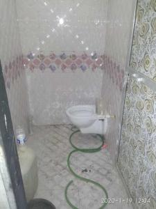 Bathroom Image of Pradip in Mankhurd