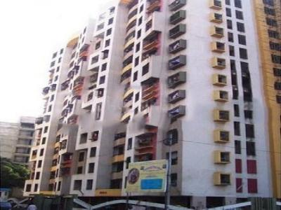 Gallery Cover Image of 640 Sq.ft 1 BHK Apartment for buy in Goregaon West for 10500000