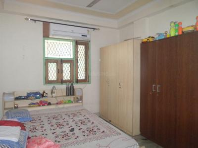 Gallery Cover Image of 800 Sq.ft 2 BHK Independent Floor for buy in Jamia Nagar for 2700000