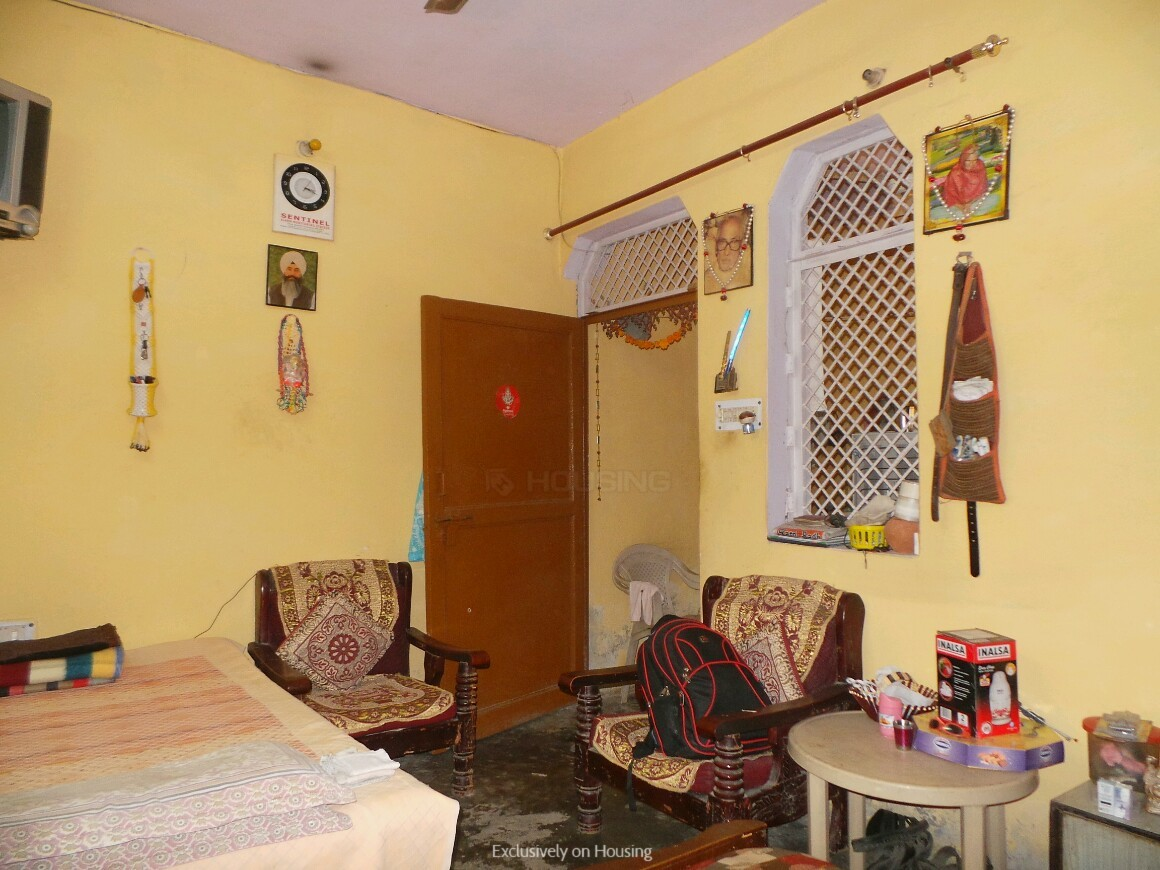 Bedroom One Image of 450 Sq.ft 3 RK Independent House for buy in Sector 52 for 2200000