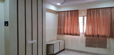 Gallery Cover Image of 950 Sq.ft 2 BHK Apartment for rent in Sea Palace, Juhu for 80000