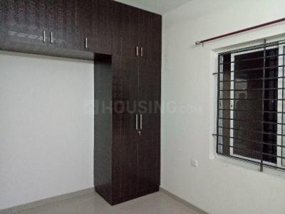 Gallery Cover Image of 1600 Sq.ft 2 BHK Apartment for rent in Kovilambakkam for 22000