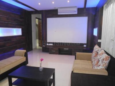 Gallery Cover Image of 3520 Sq.ft 3 BHK Apartment for rent in Brigade No 7, Banjara Hills for 165000