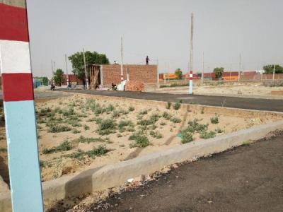 Gallery Cover Image of  Sq.ft Residential Plot for buy in Surajpur for 910000