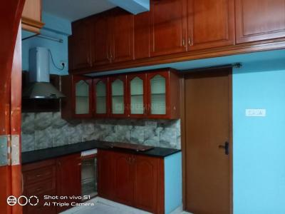 Gallery Cover Image of 1280 Sq.ft 3 BHK Independent House for rent in Velachery for 22000