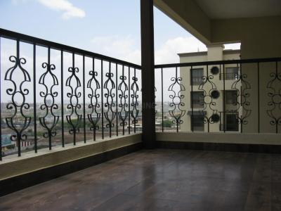 Gallery Cover Image of 1700 Sq.ft 3 BHK Apartment for buy in Karia Krish, Mundhwa for 10500000