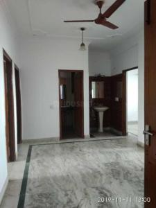 Gallery Cover Image of 600 Sq.ft 2 BHK Apartment for rent in Sector 55 for 18000