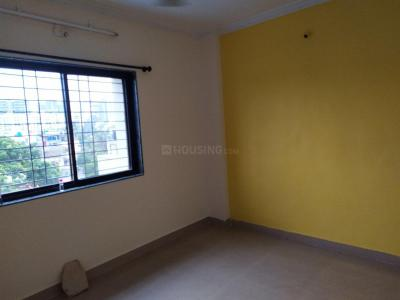 Gallery Cover Image of 600 Sq.ft 1 BHK Apartment for rent in Roshan Raj Apartment, Wadgaon Sheri for 13500