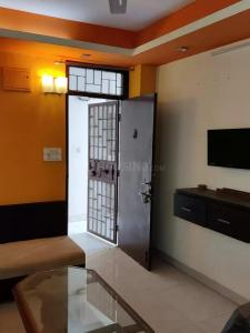 Gallery Cover Image of 580 Sq.ft 1 BHK Apartment for rent in DDA Flats Vasant Kunj, Vasant Kunj for 21500