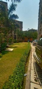 Gallery Cover Image of 1000 Sq.ft 2 BHK Apartment for buy in Sadguru Paradise, Mira Road East for 7700000