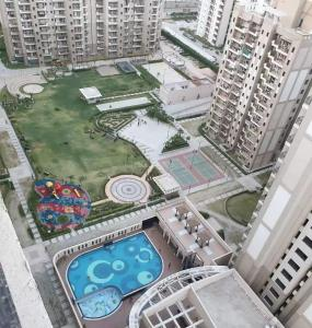 Gallery Cover Image of 530 Sq.ft 1 BHK Apartment for rent in Sector 168 for 14000