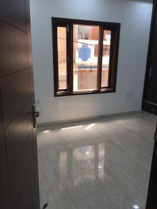 Gallery Cover Image of 800 Sq.ft 2 BHK Independent Floor for buy in Karol Bagh for 7000000