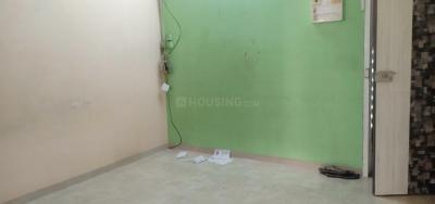 Gallery Cover Image of 300 Sq.ft 1 RK Apartment for rent in Dahisar West for 12000