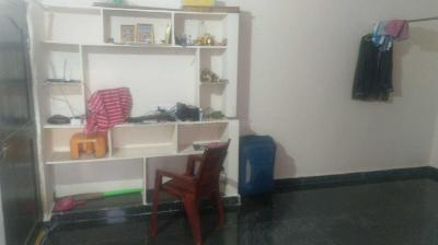 Gallery Cover Image of 650 Sq.ft 1 BHK Apartment for rent in Bandlaguda Jagir for 6500