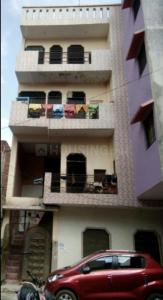 Gallery Cover Image of 1400 Sq.ft 1 RK Independent Floor for rent in Sector 62A for 3600