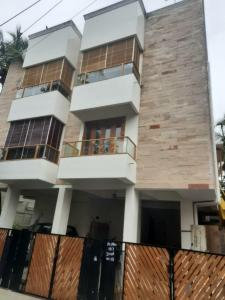 Gallery Cover Image of 1232 Sq.ft 2 BHK Apartment for buy in Thiruvanmiyur for 13000000