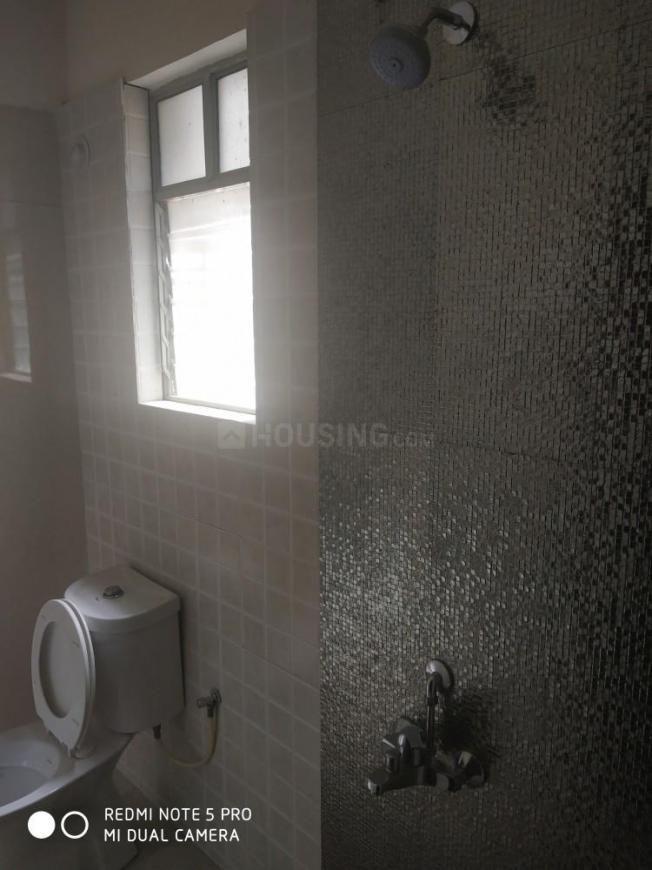 Common Bathroom Image of 1200 Sq.ft 2 BHK Apartment for rent in Baner for 19000