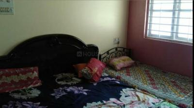 Bedroom Image of Sharma PG in Sarvodaya Enclave