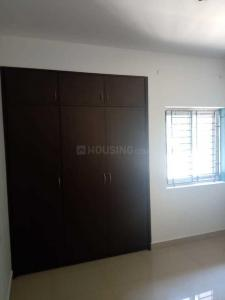 Gallery Cover Image of 1300 Sq.ft 3 BHK Apartment for rent in Choolaimedu for 25000