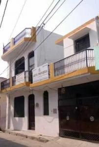 Gallery Cover Image of 3000 Sq.ft 8 BHK Independent House for buy in Jagjeetpur for 9500000
