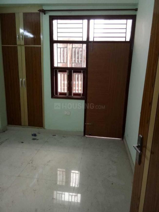 Bedroom Image of 650 Sq.ft 2 BHK Independent Floor for buy in Dwarka Mor for 3600000