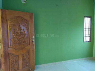 Gallery Cover Image of 960 Sq.ft 2 BHK Independent House for rent in Iyyappanthangal for 15000