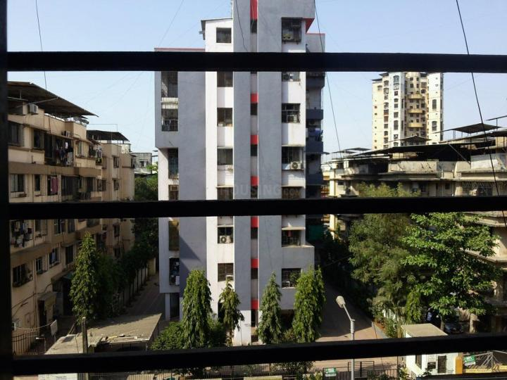 Living Room Image of 1050 Sq.ft 2 BHK Apartment for rent in Airoli for 26000