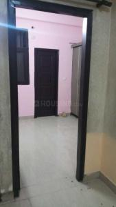 Gallery Cover Image of 900 Sq.ft 2 BHK Independent Floor for rent in Gyan Khand for 9500