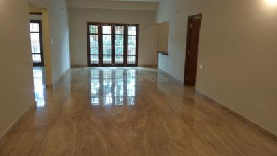 Gallery Cover Image of 1630 Sq.ft 3 BHK Apartment for rent in Indira Nagar for 70000