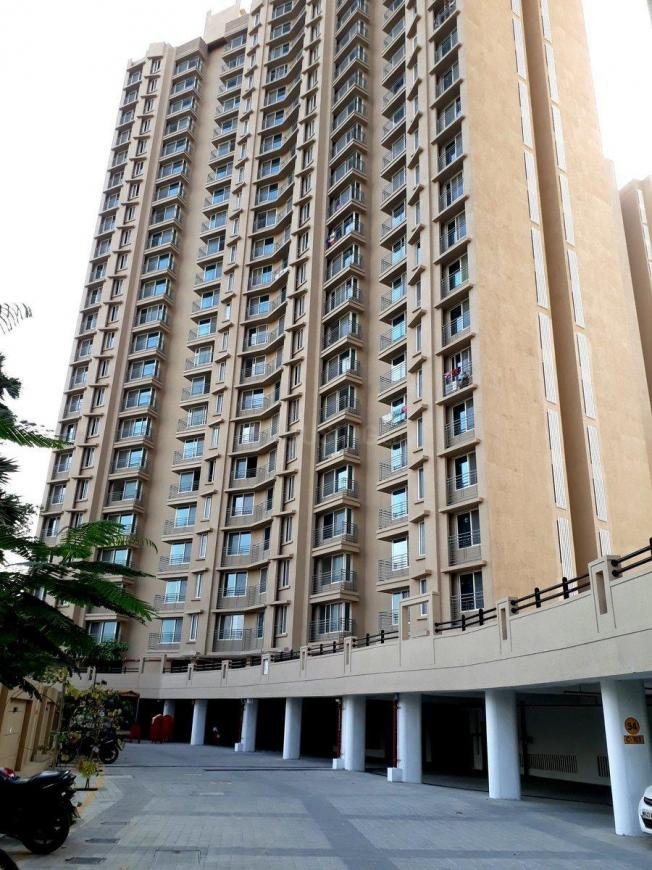 Building Image of 550 Sq.ft 1 BHK Apartment for buy in Malad West for 11500000