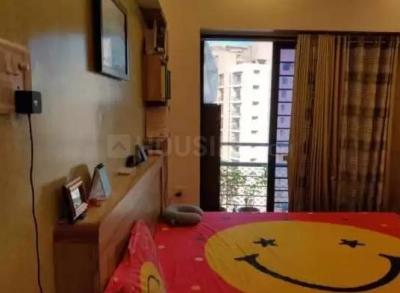 Gallery Cover Image of 670 Sq.ft 1 BHK Apartment for rent in Raheja Heights, Malad East for 37000