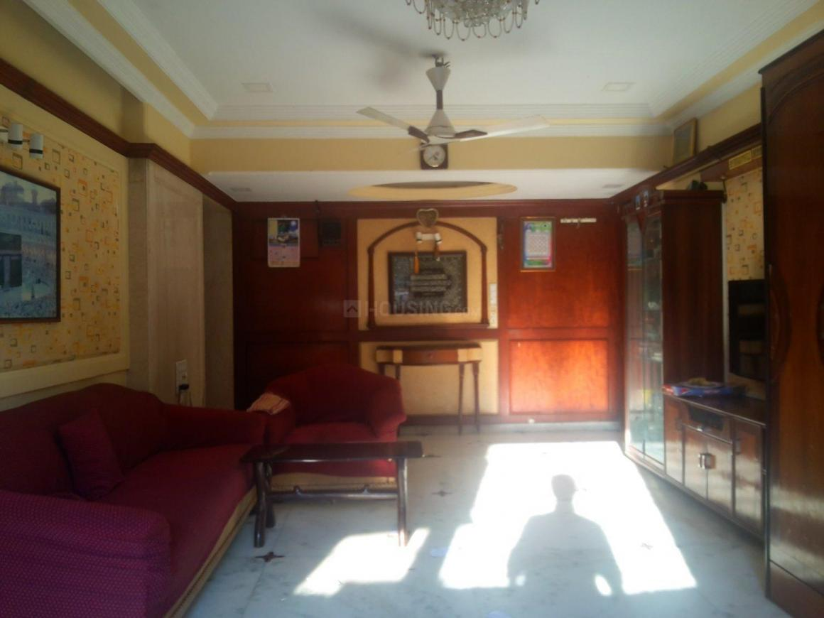 Living Room Image of 1200 Sq.ft 2 BHK Apartment for buy in Mazgaon for 42500000