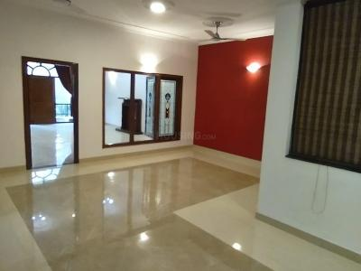 Gallery Cover Image of 3800 Sq.ft 3 BHK Independent Floor for rent in Sector 40 for 50000