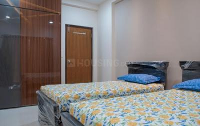 Gallery Cover Image of 1987 Sq.ft 3 BHK Apartment for rent in Jain Ravi Gayathri Heights, Hitech City for 50000