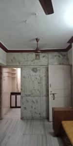Gallery Cover Image of 750 Sq.ft 2 BHK Apartment for buy in Borivali West for 14000000