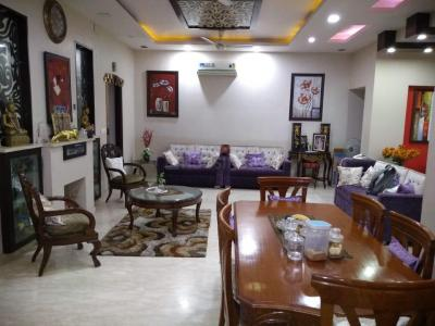 Gallery Cover Image of 3150 Sq.ft 3 BHK Independent Floor for rent in Sector 28 for 65000