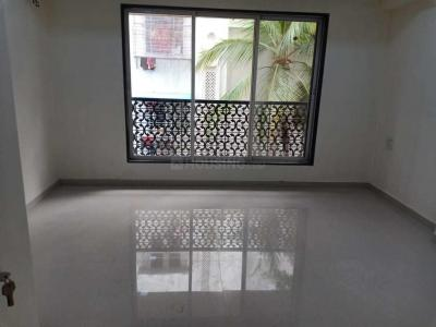 Gallery Cover Image of 540 Sq.ft 2 BHK Apartment for rent in Vile Parle West for 45000