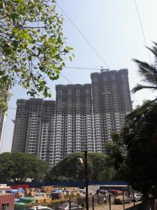 Gallery Cover Image of 650 Sq.ft 1.5 BHK Apartment for buy in Runwal Forests, Kanjurmarg West for 12000000