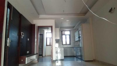 Gallery Cover Image of 900 Sq.ft 3 BHK Independent Floor for buy in Pitampura for 15500000