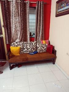 Gallery Cover Image of 585 Sq.ft 1 BHK Apartment for rent in Vasai East for 500000