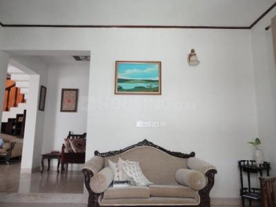 Gallery Cover Image of 3200 Sq.ft 4 BHK Villa for buy in Nambiar Bellezea, Bommasandra for 48000000