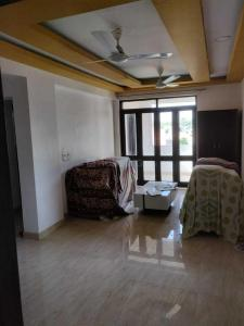 Gallery Cover Image of 950 Sq.ft 2 BHK Apartment for rent in Patparganj for 27000