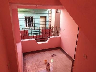 Gallery Cover Image of 700 Sq.ft 2 BHK Independent House for rent in Kolathur for 15000