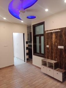 Gallery Cover Image of 450 Sq.ft 1 BHK Independent Floor for buy in Dwarka Mor for 1600000