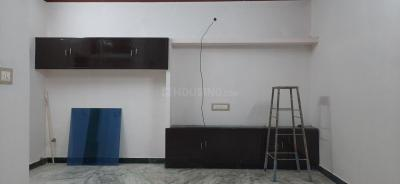 Gallery Cover Image of 900 Sq.ft 2 BHK Independent Floor for rent in Alandur for 15000